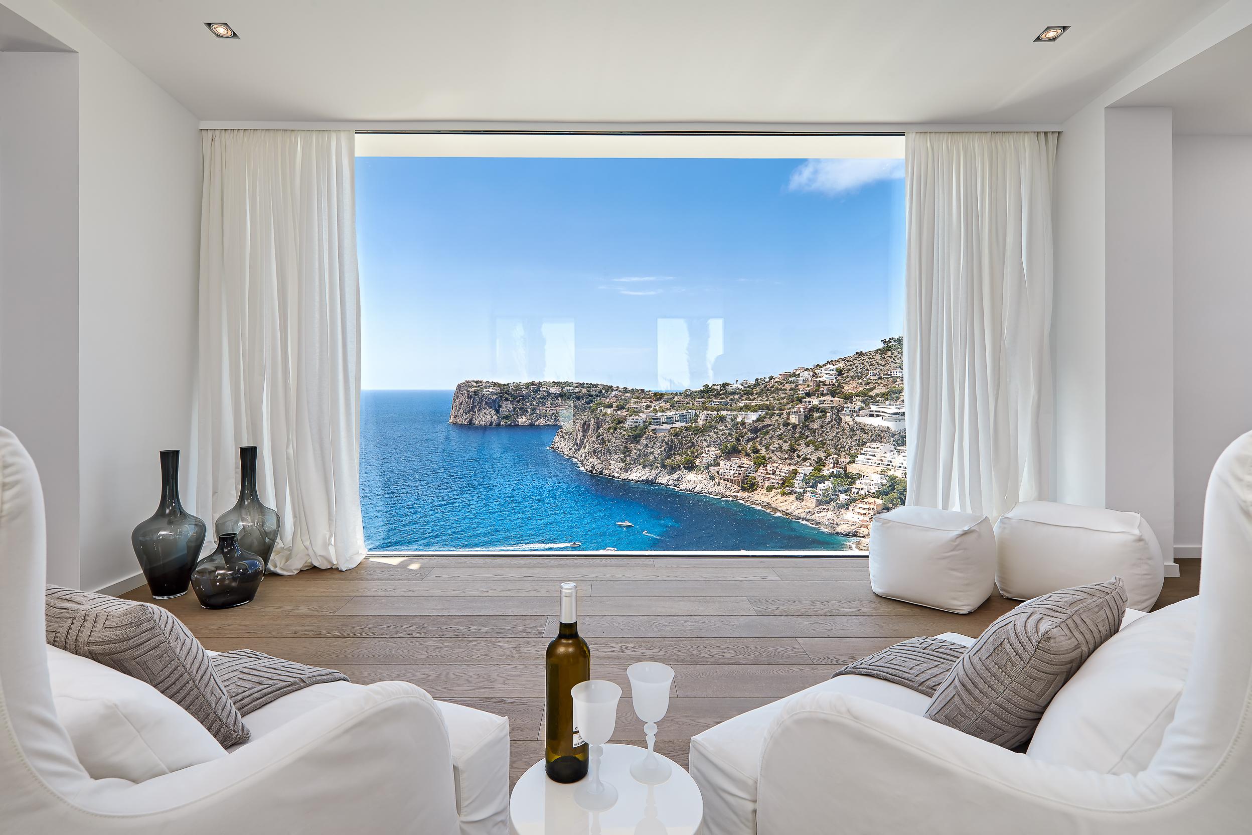 Hochwertige Möbel und Küchen - Möbelhaus in Bretten und auf Mallorca