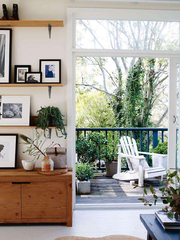 sch ller stork. Black Bedroom Furniture Sets. Home Design Ideas